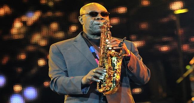 Manu Dibango saxophoniste africain