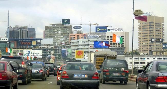 corruption, rue d'Abidjan bondée de véhicules