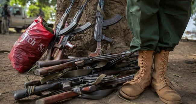 armes, instruments utilisés en Afrique